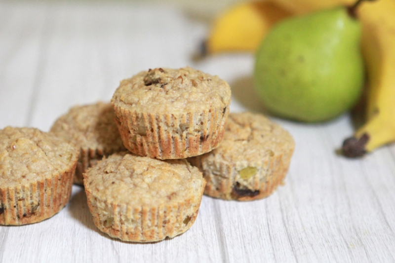 Pear,-banana-and-date-muffins
